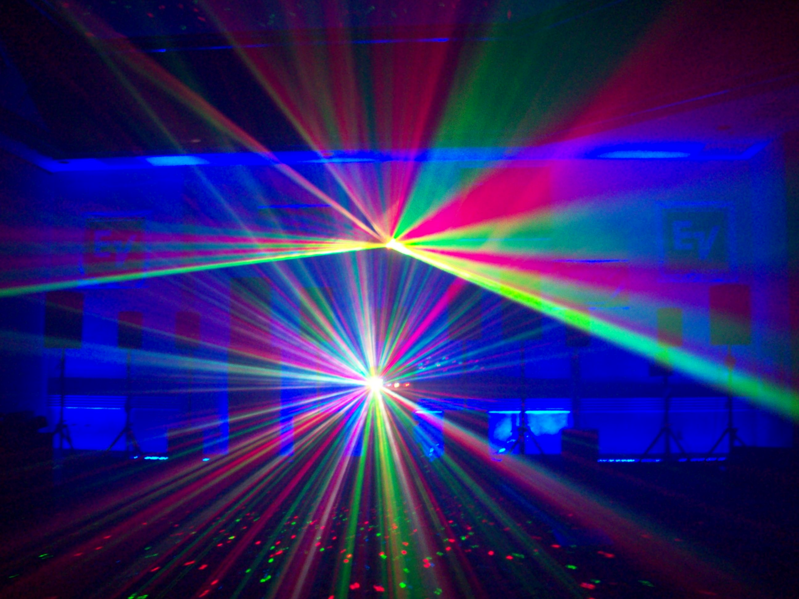 New Three Dimensional Laser Light Show Projectors Are Here - Bedroom laser lights