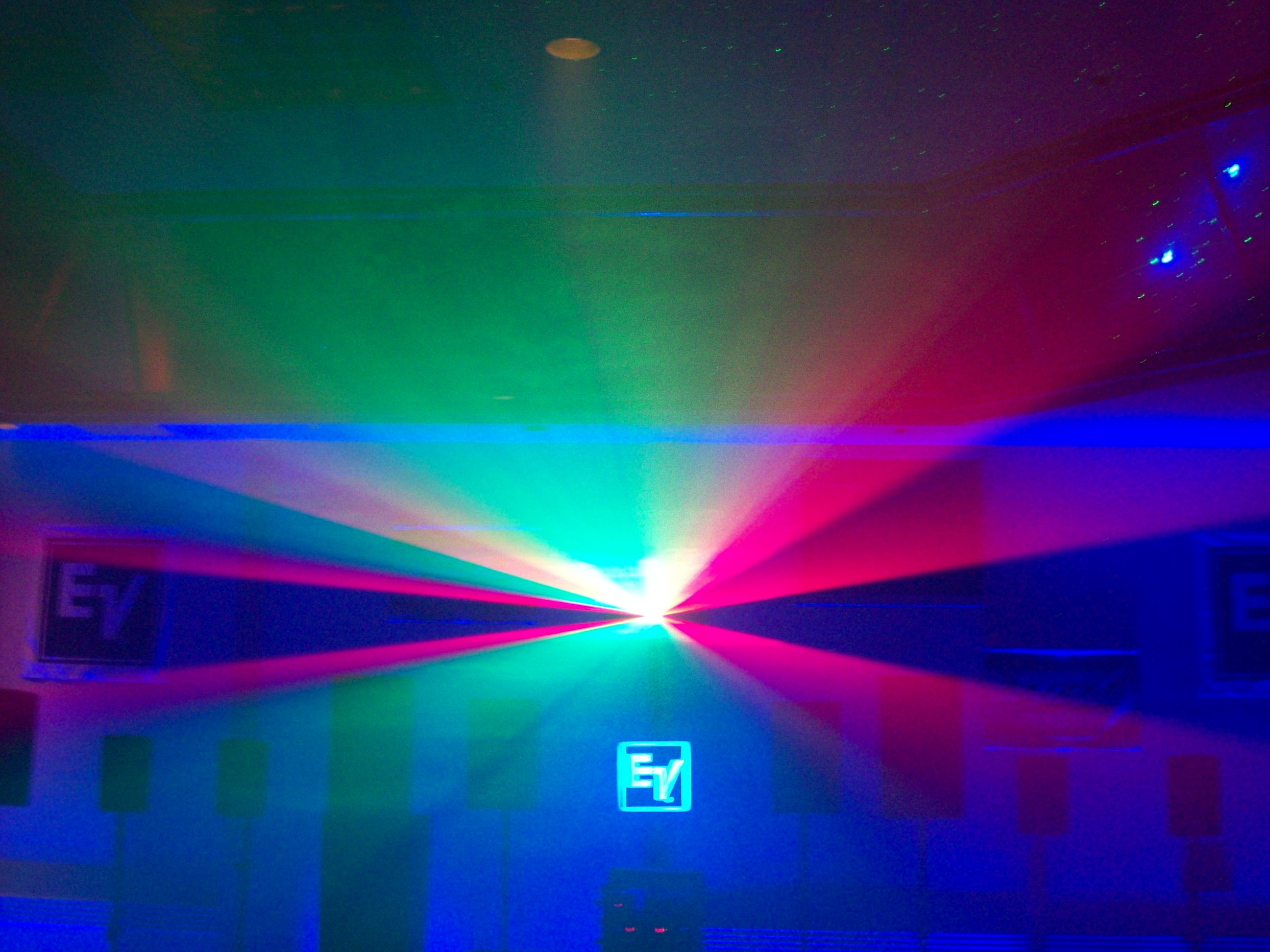 new three dimensional laser light show projectors are here. Black Bedroom Furniture Sets. Home Design Ideas