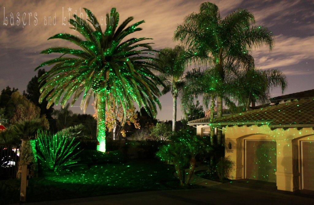 blisslights landscape lasers are latest craze for christmas lighting displays - Laser Projector Christmas Lights
