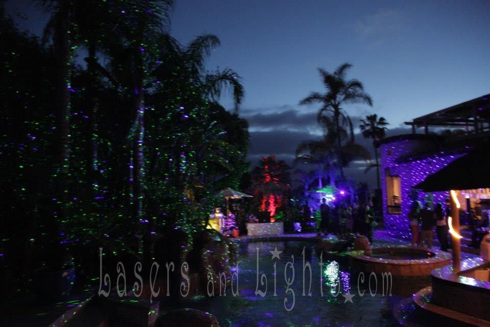 2014 Christmas effect lights Starfield Projectors elf light christmas lights projector outdoor laser light also Decoracion Navidad Luces Led in addition Sparkle Magic Laser Light Emerald Dust Green together with Best Laser Christmas Lights moreover Watch. on blue outdoor laser lights